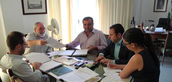 Foto integrantes reunión
