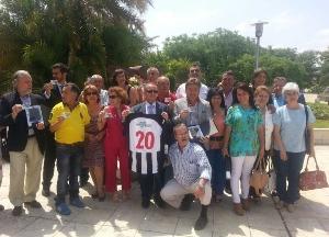 La asociación ALCER Giralda hace entrega del premio José Félix Verdugo al CD Mairena