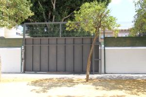 Colegio S_Bartolome_Puerta de entrada