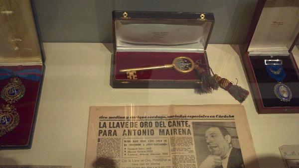 Llave de Oro del Cante, expuesta al público por primera vez en Sevilla tras su paso por Mairena
