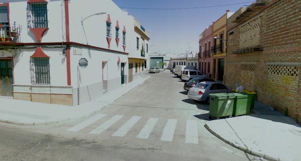 Salida calle arquitecto Luis Panea