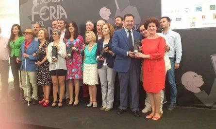 Entrega Premio Biblioteca Feria Libro Sevilla_600