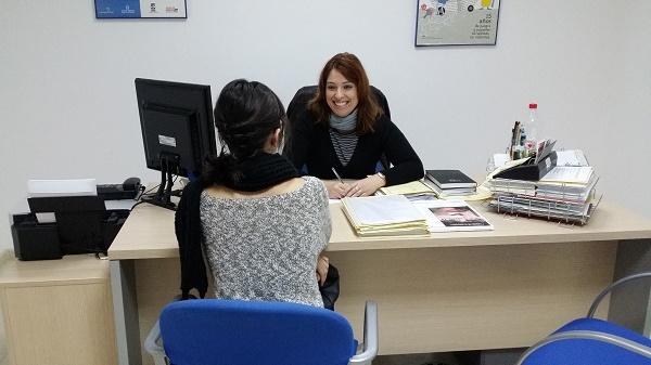 Asistencia mujeres Servicios Sociales