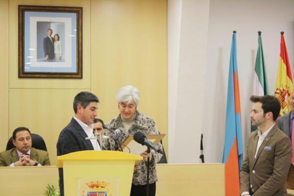 José Montero con la Delegada de Salud y Consumo, María Antúnez