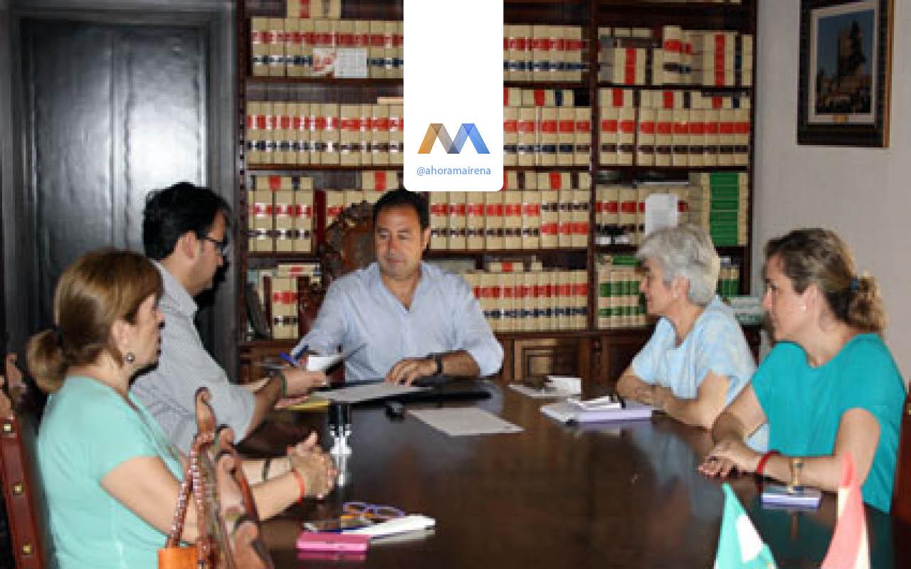 ayuda-para-libros-caritas-mairena-del-alcor