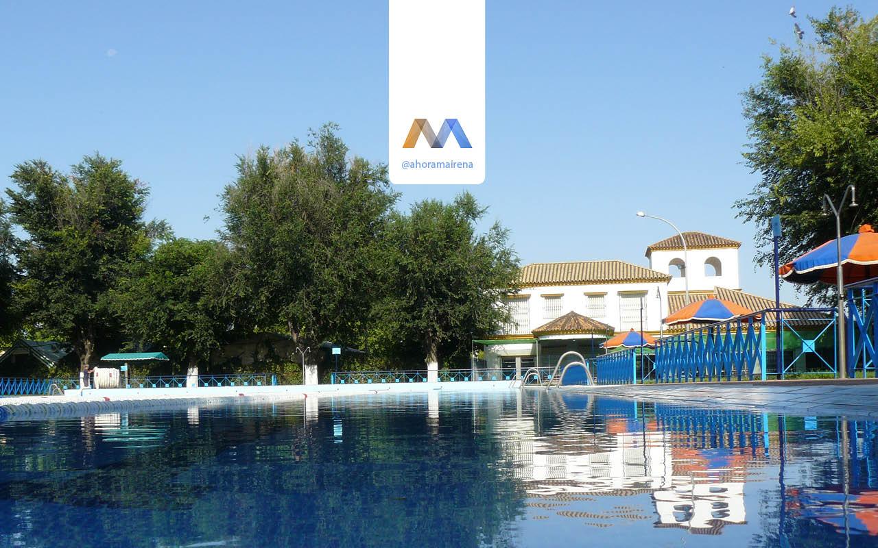 Cursos de nataci n en la piscina de verano for Piscina mairena del alcor 2017