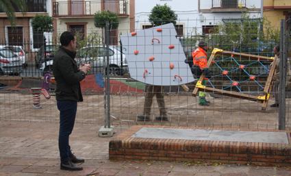 EL AYUNTAMIENTO CERTIFICA TODAS LAS ZONAS DE OCIO INFANTIL DE PARQUES Y JARDINES
