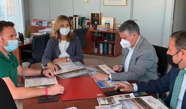 El alcalde presenta en la Junta el proyecto de 34 nuevas viviendas de VPO