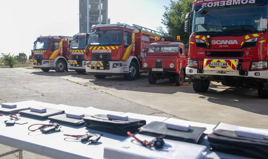 Un nuevo vehículo para los bomberos de Mairena del Alcor mejorará las intervenciones de acceso para vehículos urbanos